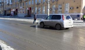 Инспекторы ГИБДД проверили соблюдение водителями правил проезда пешеходного перехода