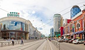 Движение автомобилей по ул. 8 Марта закрыто до октября 2015 года