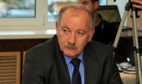 Администрация Екатеринбурга пригрозила закрытием аварийных дорог