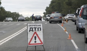 ГИБДД устанавливает личность пешехода, пострадавшего в ДТП