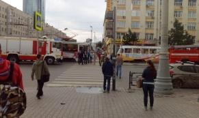 В центре Екатеринбурга загорелся трамвай: пострадавших нет