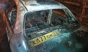 За ночь в Екатеринбурге сгорело 2 автомобиля