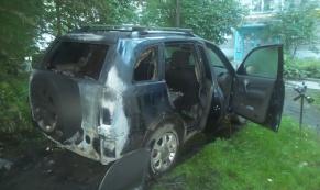 За ночь в Екатеринбурге сгорело 5 автомобилей