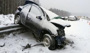 На Серовском тракте в лобовом столкновении погиб один человек
