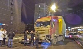 В Екатеринбурге польская фура попала в аварию