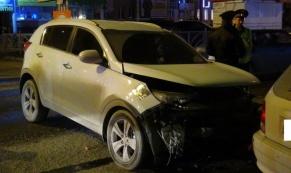 В Екатеринбурге в массовом ДТП столкнулись пять машин