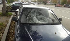 """В Екатеринбурге водитель """"Hyundai Accent"""" сбил 14-летнего подростка"""