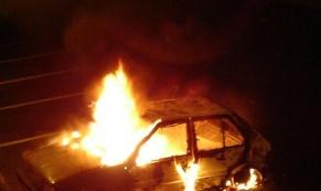 В Екатеринбурге продолжают гореть автомобили