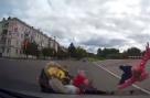 20-летний водитель иномарки сбил отца с детьми